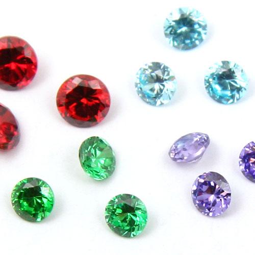 Fyndmix cubic zirconer och syntetiska ädelstenar ca 30 st