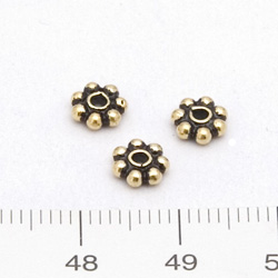 Balipärla daisy 5,75 mm förgyllt silver - Utgående vara