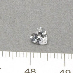 Cubic zircon hjärtformad vit 5 mm
