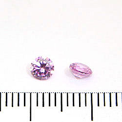 Cubic zircon rund rosa (blåtonad) 4 mm