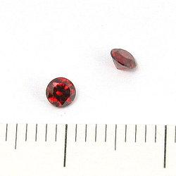 Cubic zircon rund mörkröd 3 mm