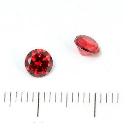 Cubic zircon rund röd 5 mm