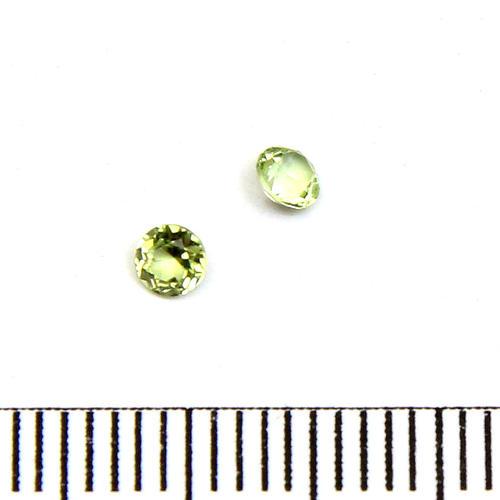 Facetterad ädelsten peridot 3 mm