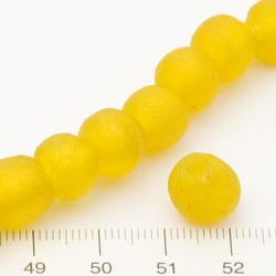 Pärlor i bottleglass gul c:a 10 mm - Utgående vara