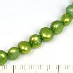 Sötvattenpärlor ljusgrön 7-8 mm