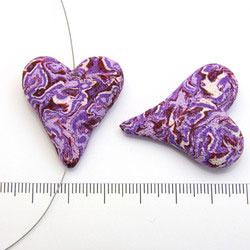 Handgjort hjärta i polymerlera lila