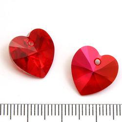 Swarovski Xilion Heart 14 mm Siam Astral Pink